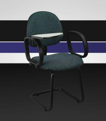 cadeira executiva c/ prancheta escamoteavel